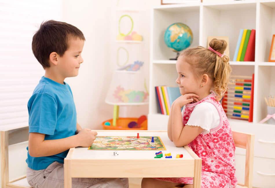 6+1 δημιουργικά πράγματα που μπορείς να κάνεις μέσα στο σπίτι - Παιχνίδια για παιδιά - giftland